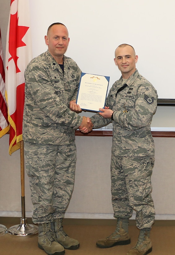 Grinnell Receives Commendation Medal