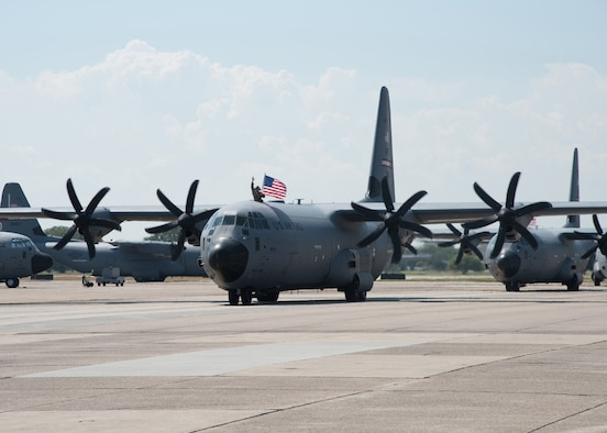 Air Force reservists with the 403rd Wing, Keesler Air Force Base, Mississippi, and C-130J Super Hercules flown by the wing's 815th Airlift Squadron returned this weekend from their deployment to Southwest Asia in support of Operations Freedom Sentinel and Inherent Resolve. (U.S. Air Force photo/Maj. Marnee A.C. Losurdo)