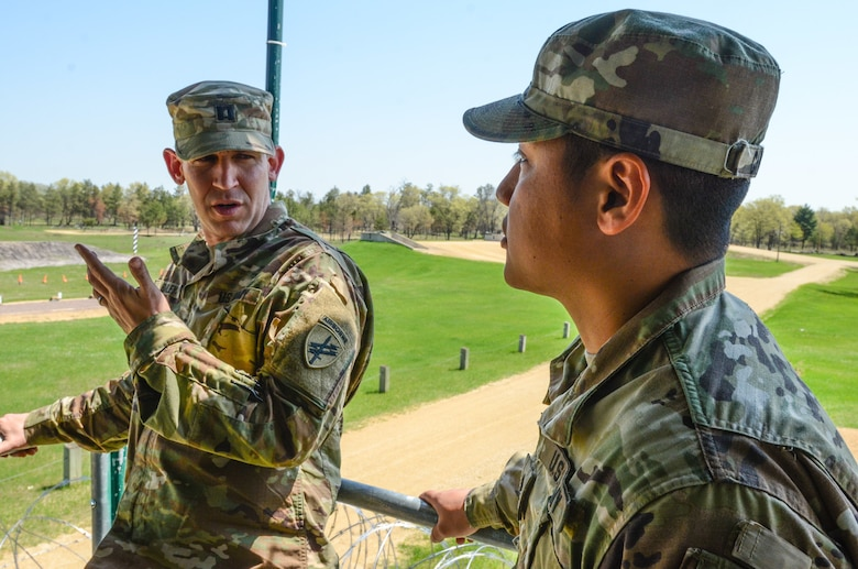Army Reserve senior gunners certified at Cold Steel
