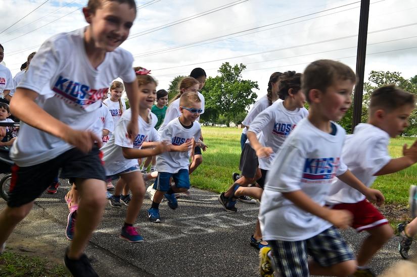 Joint Base Charleston Youth Center members start their color run May 18, 2018, at JB Charleston, S.C.