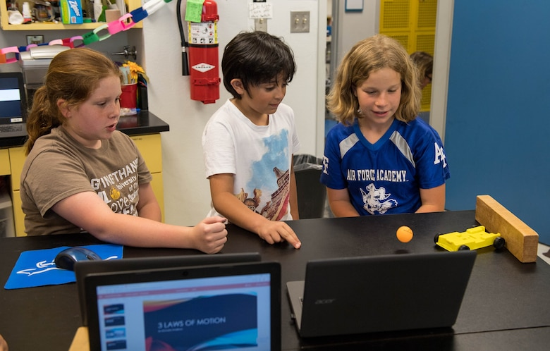 STARBASE students become the teachers