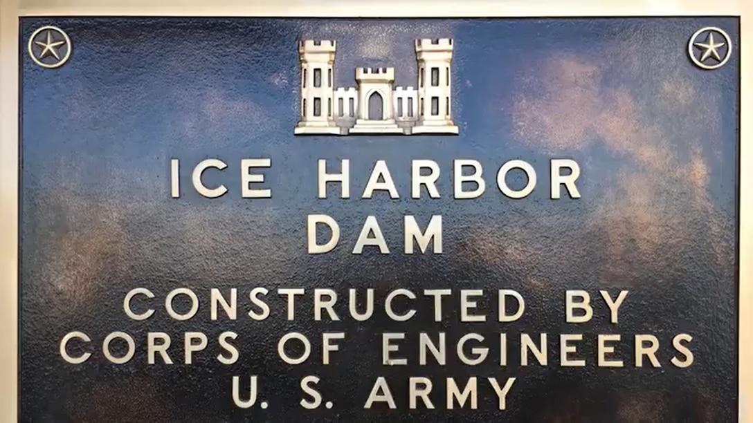 Lt. Gen. Todd Semonite discusses the Ice Harbor Dam with Walla Walla District Commander Lt. Col. Damon Delarosa and Mr. Tim Roberts.