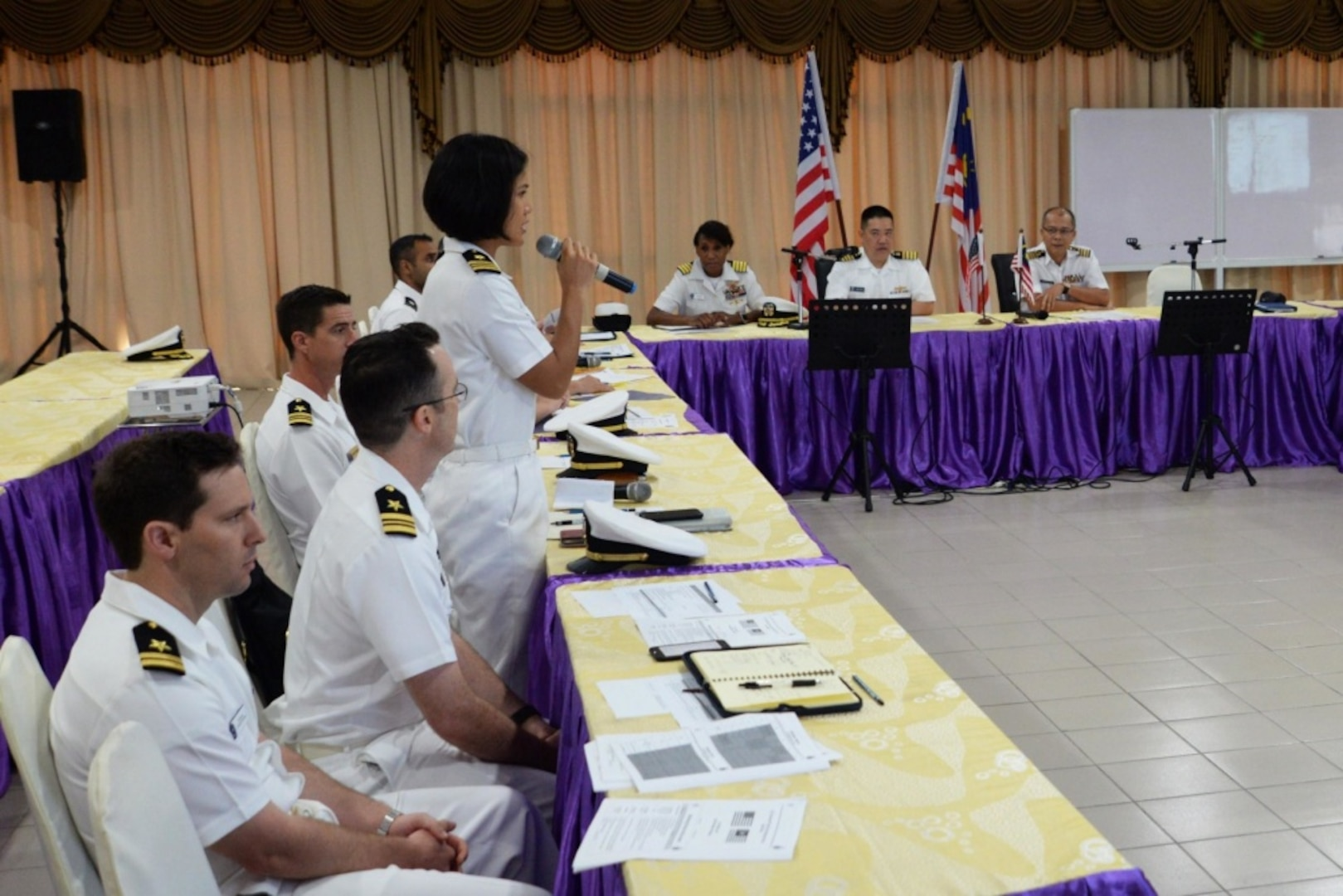 Seventh Fleet Staff Talks with Royal Malaysian Navy Enhance Maritime Partnerships in the Region