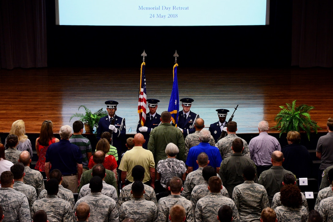 CAFB honors Memorial Day, pays tribute to late pilot from Class 09-10
