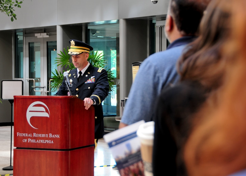 Dauntless Soldier speaks at remembrance ceremony