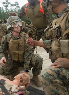 Sailors simulate casualty evacuation in demanding environments