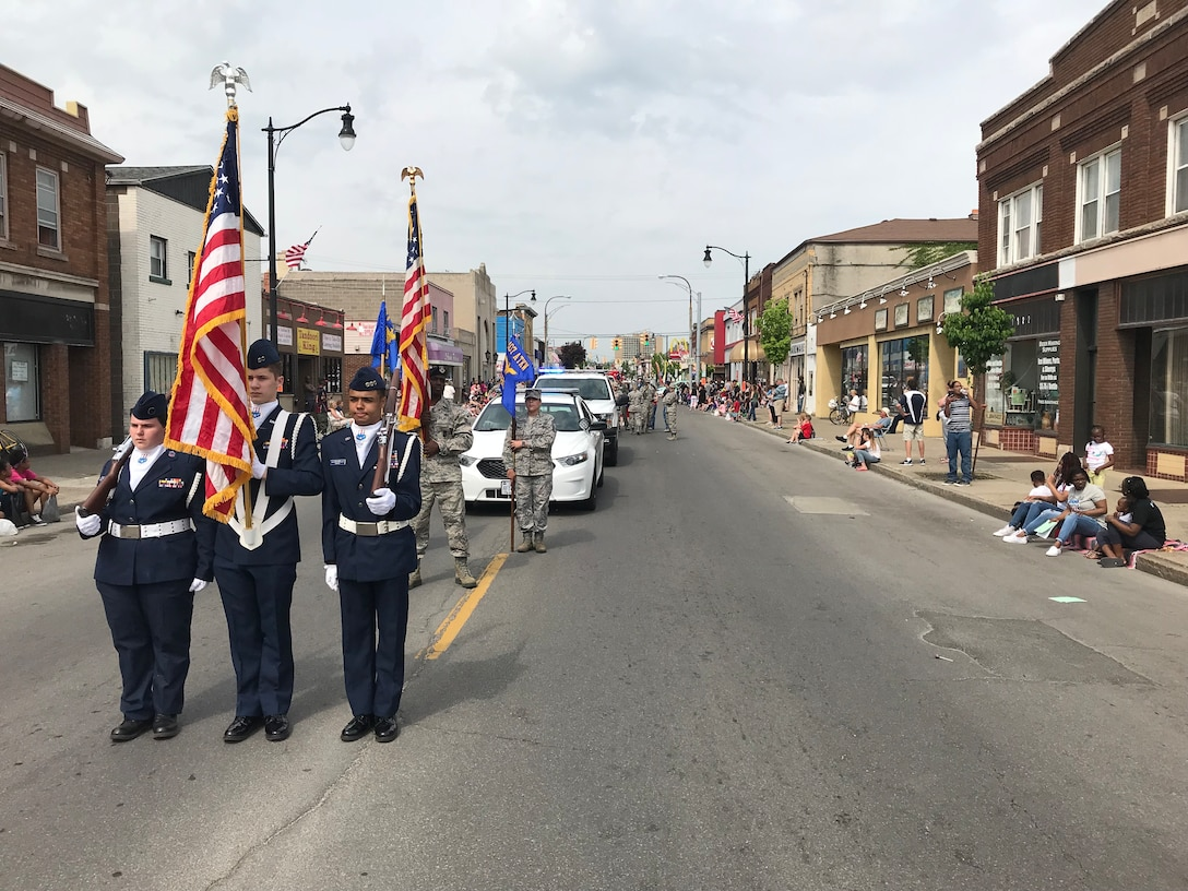 Air Base participates in community parade