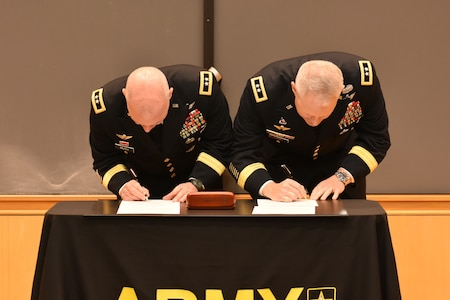 USAREC and USAAC CG's sign MOU