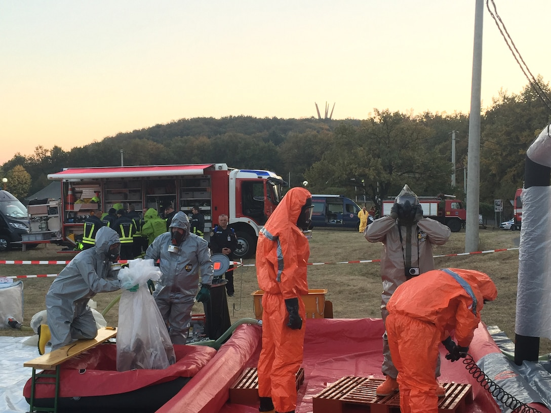 Army Reserve Civil Support Team helps build disaster preparedness in civilian-led exercise