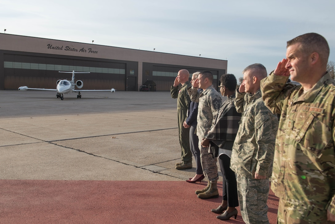 Offutt leaders welcome the arrival of U.S. Air Force Gen. Mike Holmes, the commander of Air Combat Command, Oct. 30, 2018, at Offutt Air Force Base, Nebraska.