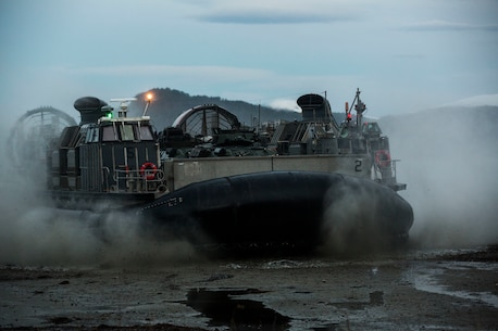 A landing craft air cushion lands on Alvund Beach, Norway during an amphibious landing in support of Trident Juncture 18, Oct. 30, 2018.