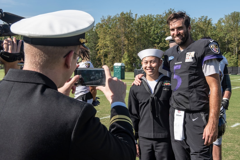 Sailors meet Baltimore Ravens players