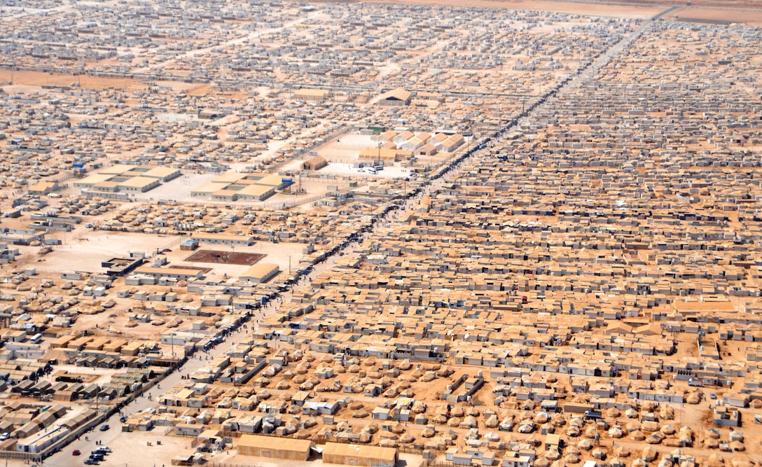 An aerial view of the Zaatari camp for Syrian refugees in 2013, as seen from a helicopter carrying the U.S. Secretary of State and Jordanian Foreign Minister. (Department of State)