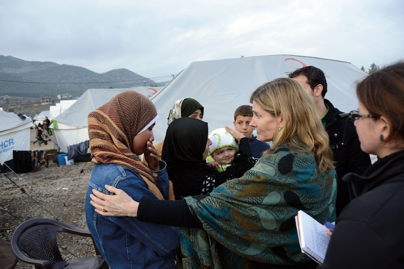 USAID Assistant Administrator for Democracy, Conflict, and Humanitarian Assistance Nancy Lindborg meets with Syrian refugees at Islahiye Refugee Camp in Turkey, January 24, 2013 (State Department)