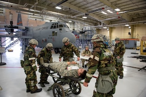 Airmen with the 182nd Airlift Wing, Illinois National Guard, practice medical triage environment skills during a full-spectrum readiness exercise at the 182nd Airlift Wing in Peoria, Ill., Nov. 3, 2018.