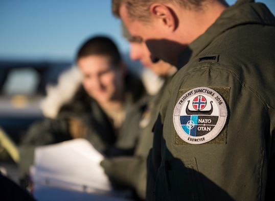 U.S. Air Force KC-135 Stratotanker aircrew conduct preflight brief before takeoff during Exercise Trident Juncture 18, from Rovaniemi, Finland, Oct. 29, 2018. Exercise Trident Juncture is the largest NATO exercise since 2002, including 31 countries and more than 50,000 military members. (U.S. Air Force photo by Senior Airman Luke Milano)