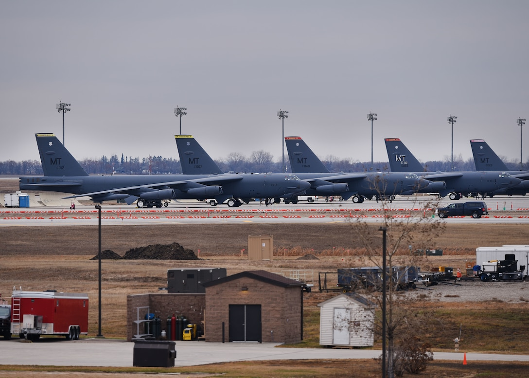 B-52H Stratofortress crew members prepare to take off during Global Thunder 19 at Minot Air Force Base, N.D., Nov. 4, 2018. Global Thunder provides training opportunities that assess all U.S. Strategic Command (USSTRATCOM) mission areas and joint and field training operational readiness, with a specific focus on nuclear readiness. The training is based on a notional scenario developed to drive execution of USSTRATCOM and component forces'; ability to support the geographic combatant commands, deter adversaries and, if necessary, employ forces as directed by the President of the United States. (U.S. Air Force Photo by Airman 1st Class Dillon J. Audit)
