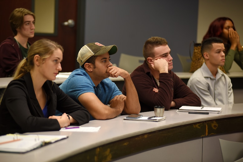 Middle Tennessee State University students listen to U.S. Army Corps of Engineers Nashville District Real Estate Division officials about career opportunities with the Corps of Engineers during the Guaranty Trust Real Estate Speaker Series Nov. 7, 2018 on campus at the Business and Aerospace Building. (USACE photo by Lee Roberts)