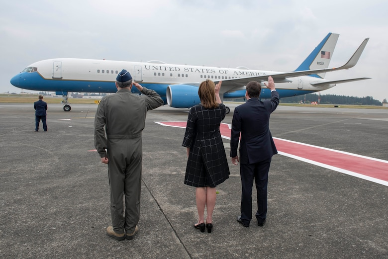Lt. Gen. Jerry P. Martinez, U.S. Forces Japan and 5th Air Force commander, William F. Hagerty, U.S. Ambassador to Japan, and his wife Chrissy Hagerty, wave goodbye to Air Force Two as it departs Yokota Air Base, Japan, Nov. 13, 2018