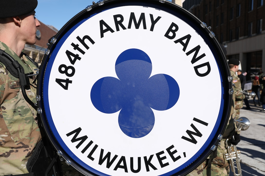 484th Army Band take part of Veterans Day parade