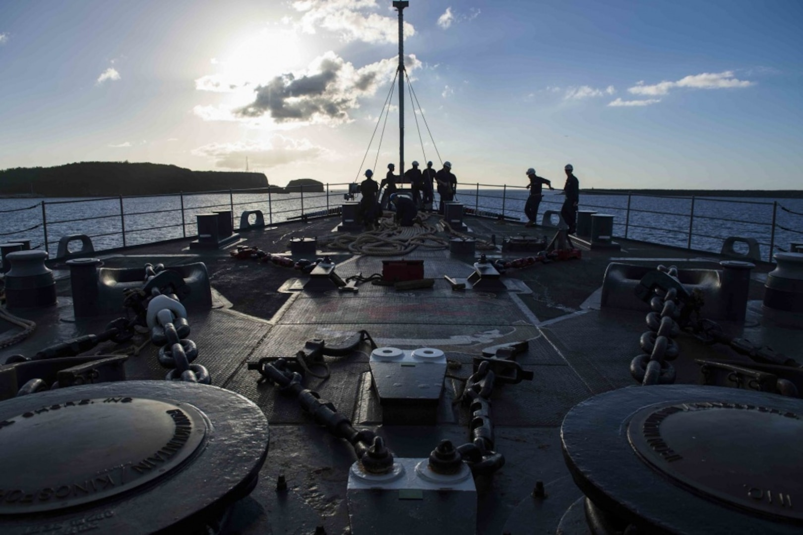 USS Ashland continues FEMA support to CNMI