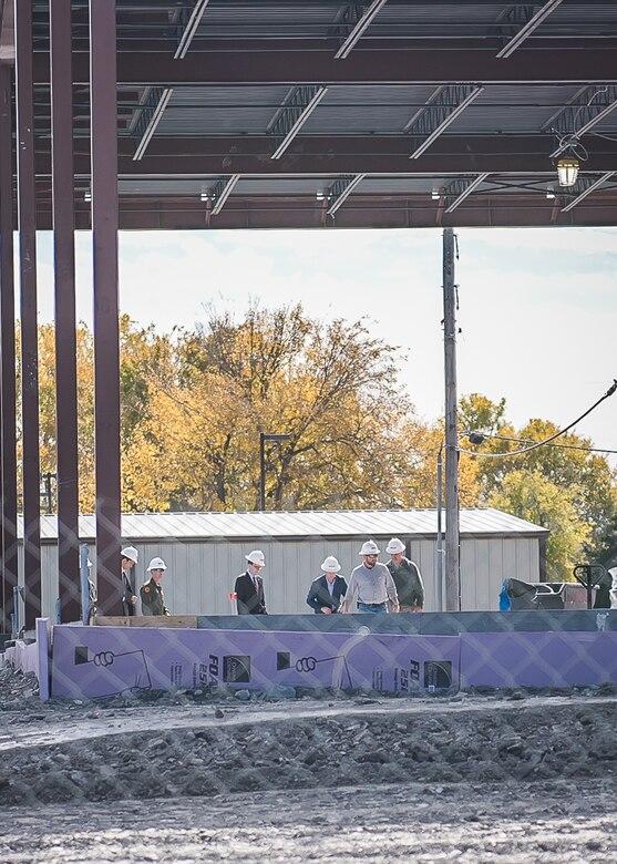 Tulsa Mayor G.T. Bynum visits Mission Training Center