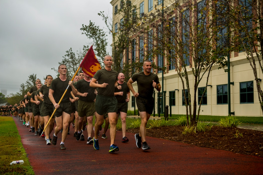Marines with Marine Corps Support Facility New Orleans participate in a 3-mile motivational run in New Orleans, Nov. 9, 2018.