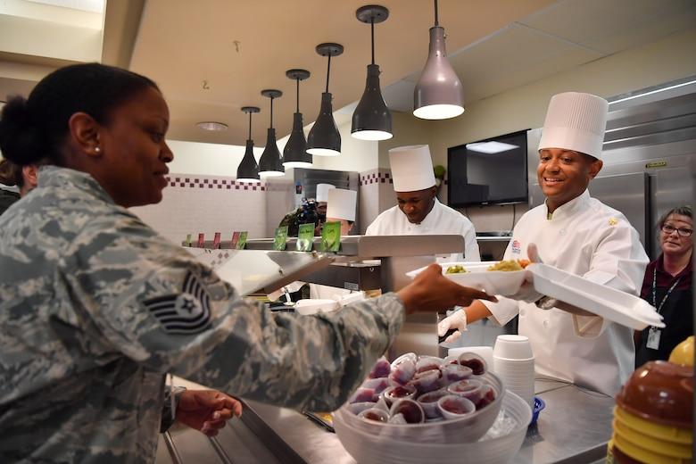 Senior leaders dish Thanksgiving meals