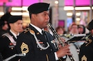 Army band celebrates Veterans Day in Times Square