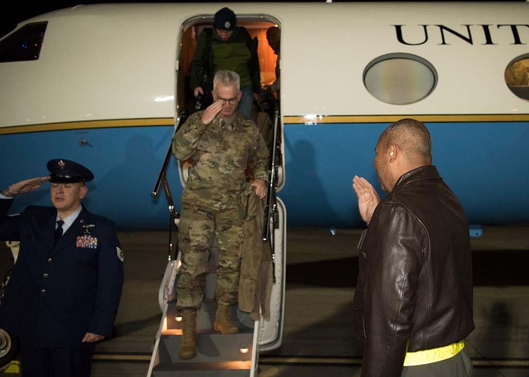 Col. Brian Patterson, 49th Wing vice commander, greets the vice chairman of the Joint Chiefs of Staff upon arrival at Holloman Air Force Base, N.M., November 13, 2018. Gen. Paul Selva, VCJCS, visited Holloman and White Sands Missile Range November 13 to 14 (U.S. Air Force photo by Staff Sgt. BreeAnn Sachs).