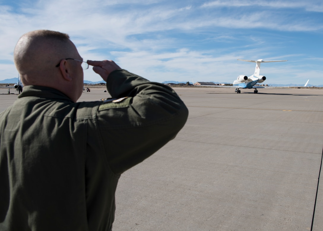 Col. Michael Boger, 54th Fighter Group commander salutes as Gen. Paul Selva, vice chairman of the Joint Chiefs of Staff, departs Holloman Air Force Base, N.M., November 14, 2018. Selva visited Holloman and White Sands Missile Range November 13 to 14. (U.S. Air Force photo by Staff Sgt. BreeAnn Sachs).