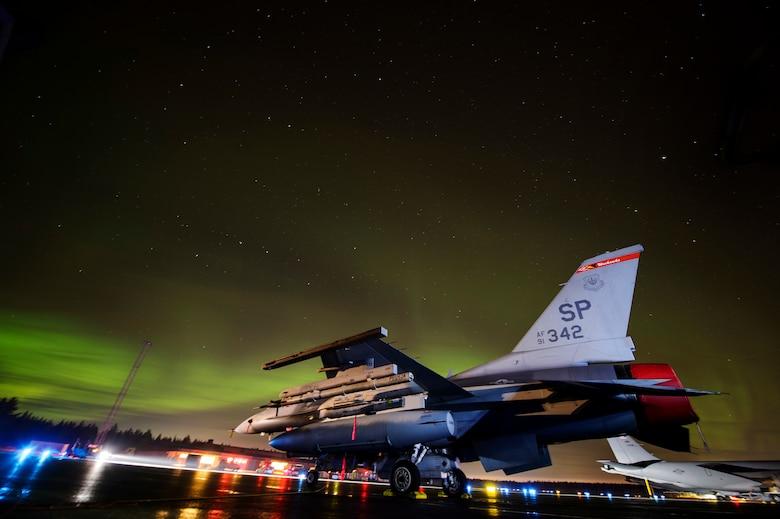 An F-16 Fighting Falcon
