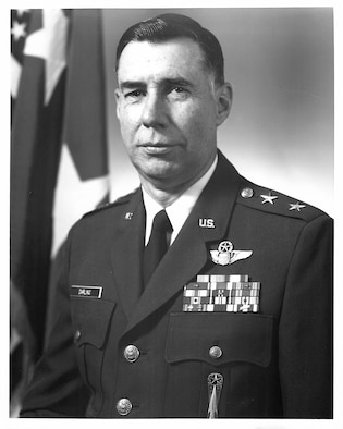 Maj. Gen Thomas G. Darling