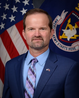 """Photo of Dr. Louis """"Wes"""" Smith, Dean, Chief Academic Officer at the US Army Recruiting and Retention College"""