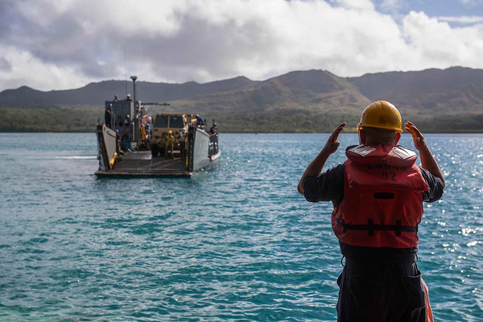 USS Ashland Completes Typhoon Recovery Mission in Northern Mariana Islands