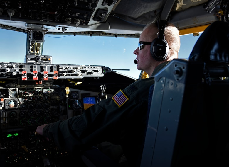 Col. Derek Salmi, 92nd Air Refueling Wing commander, pilots a KC-135 Stratotanker in-route to Tinker Air Force Base, Oklahoma, Nov. 18, 2018. Tinker AFB is made up of 5,500 acres with 460 buildings hosting operational missions for the Air Force, Navy as well as several Department of Defense agencies. (U.S. Air Force photo by Airman 1st Class Jesenia Landaverde)