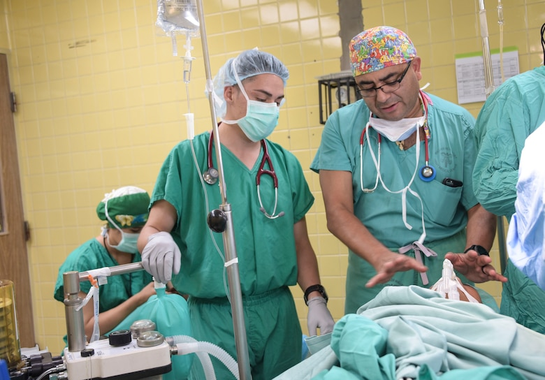 Army South deploys specialized surgical team to Honduras