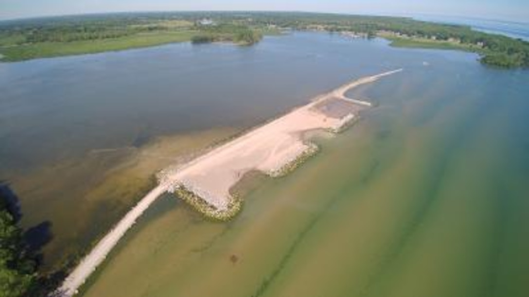 To address the gradual loss of a historic barrier beach and the erosion of over 100 acres of wetlands at Lake Ontario's Braddock Bay, a GLRI project team has implemented Engineering With Nature principles to provide a sustainable restoration solution. This project completed the last management action necessary for the future delisting of the Rochester Embayment Area of Concern.