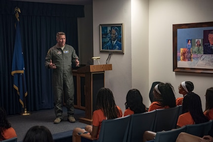 Maj. Gen. Patrick Doherty, 19th Air Force commander, talks to members of the University of Texas San Antonio Women's Basketball Team Sept. 25, 2018, at Joint Base San Antonio-Randolph, Texas. 19th AF is responsible for the training of more than 30,000 U.S. and allied students annually in numerous specialties ranging from aircrews, remotely piloted aircraft crews, air battle managers, weapons directors, Air Force Academy airmanship programs, and survival, escape, resistance, and evasion specialists. (U.S. Air Force photo by Senior Airman Stormy Archer)
