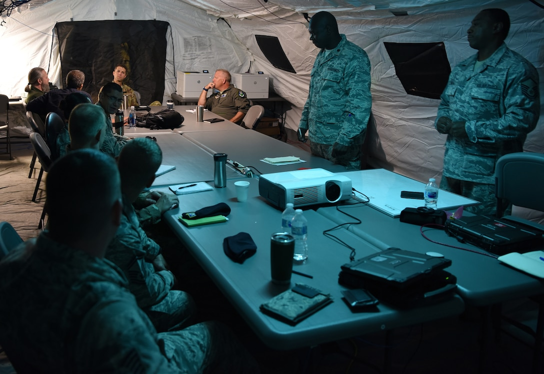Combat comm integrates with Ninth AF during STAFFEX 18-6
