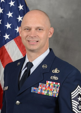 Official photo of CMSgt Palmer