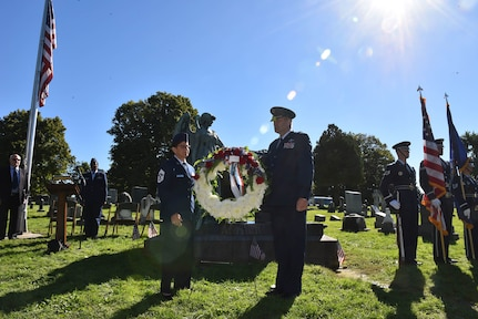 New York Air National Guard Brig. Gen. Timothy J. LaBarge, the NewYork National Guard director of Joint Staff, and Command Chief Master Sgt. Maureen Dooley, the senior ranking noncommissioned officer for the New York Air National Guard, present a wreath from President Donald Trump at the gravesite of President Chester A. Arthur in Albany Rural Cemetery in Menands, N.Y., on Oct. 5, 2018.