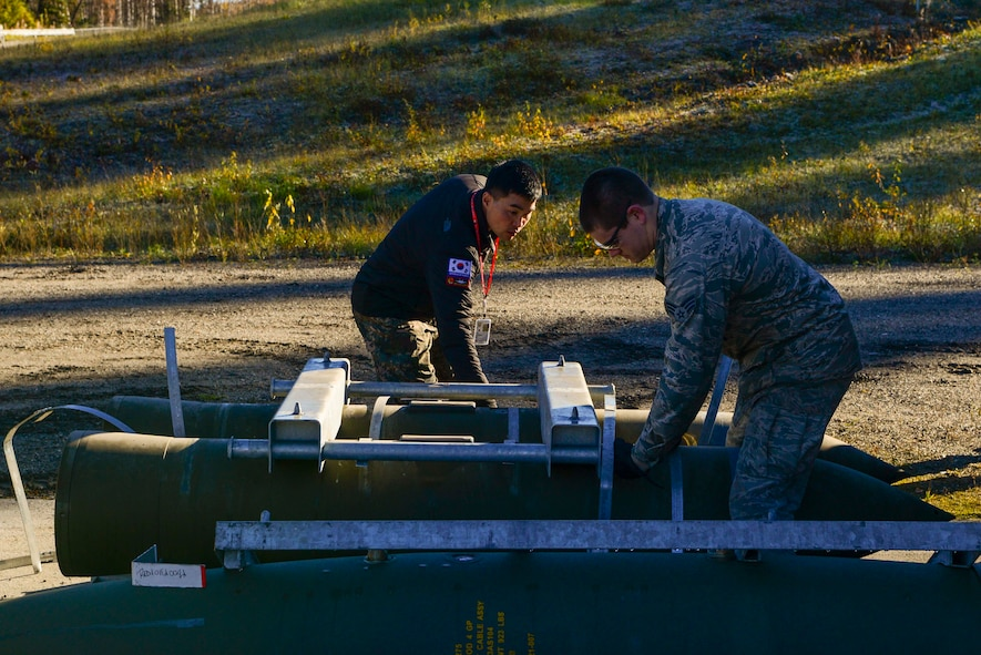 The bomb build provides an opportunity to exchange tactics, techniques and procedures while improving interoperability between ROKAF and U.S. Air Force Airmen.
