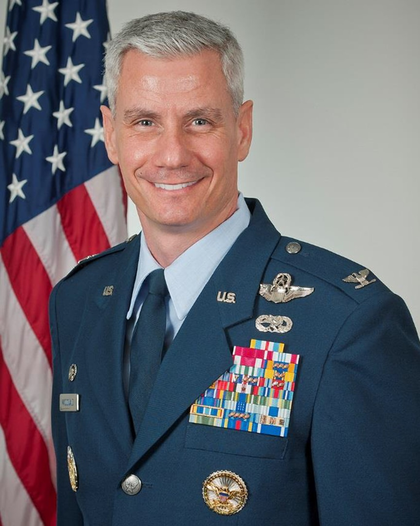 Col. Keith G MacDonald Bio Photo