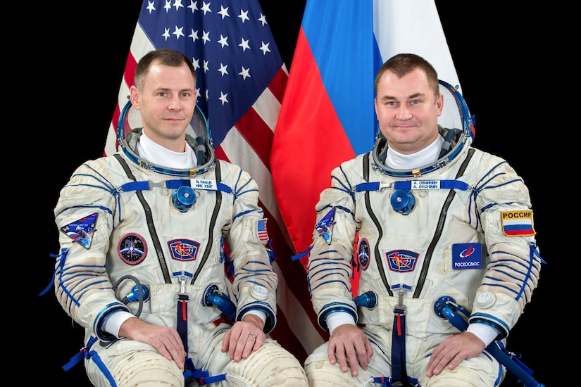 Air Force Col. Nick Hague of NASA and Alexey Ovchinin of Roscosmos are pictured in Sokol launch and entry suits.