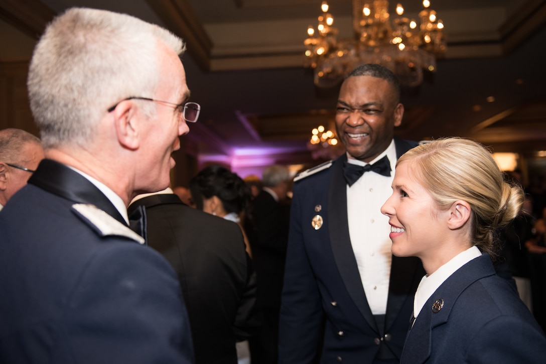 U.S. Air Force Gen. Paul J. Selva, Vice Chairman of the Joint Chiefs of Staff, meets Senior Airman Linda M. Wilson, the U.S. Air Force awardee, before the 2018 Armed Services YMCA Angels of the Battlefield Awards Gala in Arlington, Virginia, Oct. 2, 2018. The gala honored medics, corpsmen and pararescuemen who demonstrated extraordinary courage while administering life-saving medical treatment and trauma care on the battlefield. (DoD photo by U.S. Army Sgt. James K. McCann)