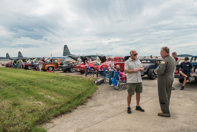 More than 1,000 Airmen, family members and retirees attendeded the 123rd Airlift Wing's Family Day at the Kentucky Air National Guard Base in Louisville, Ky., Sept. 16, 2018. The event, which was sponsored by the Airman and Family Readiness Office and the Key Volunteer Group, featured a car show, a static-display C-130 Hercules aircraft and several other activities. (U.S. Air National Guard Photo by Staff Sgt. Joshua Horton)