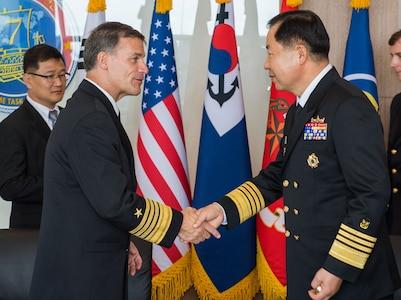 Ronald Reagan Strike Group joins International Fleet Review