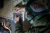 """""""Red Devil"""" maintainers keep aircraft in the fight"""