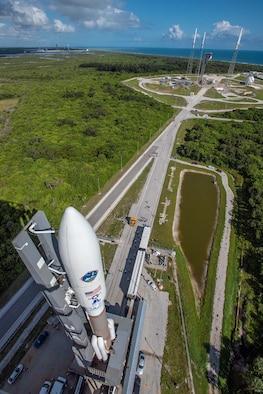 AEHF-4 Atlas V rollout